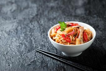 Fruchtige Asia-Pfanne mit Gemüse