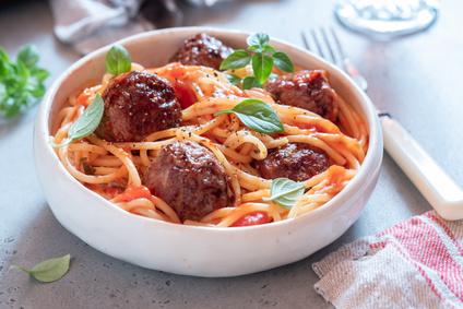 Spaghetti mit Fleischbällchen Rezept mit Tomatensauce
